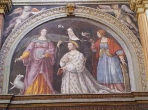 Die Stifterin Ippolita Sforza in höfischer Kleidung aus der Mitte des 16. Jahrhunderts Hl. Agnes, Hl. Scholastika und Hl. Katherina v. Alexandrien
