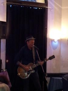 Blues-Legende Abi Wallenstein