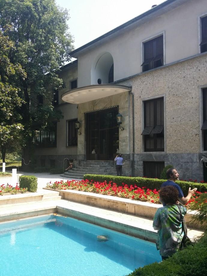 Villa Necchi, Hauptfassade