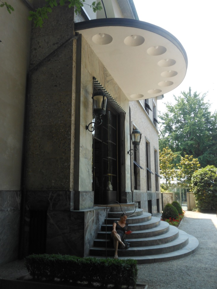 Villa Necchi, Haupteingang