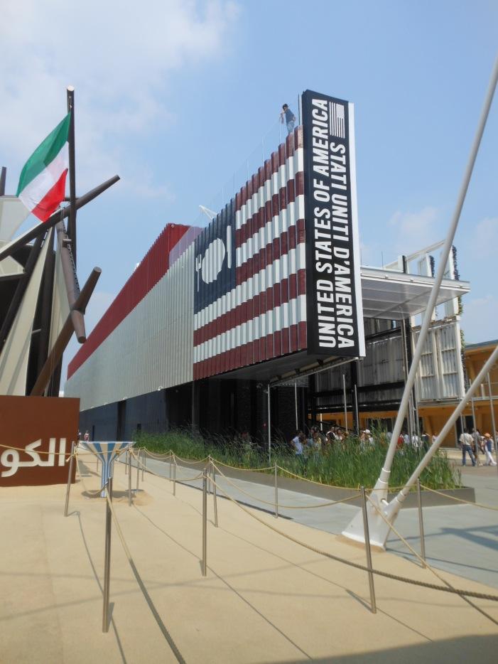 Der Eingang zum amerikanischen Pavillon